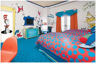 Dr Seuss nursery decorating ideas - Cat in the Hat theme bedroom ...